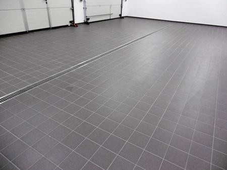 2016: Neubau Rettungswache Zwenkau: Garagenbereich